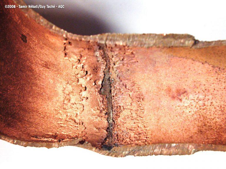 Corrosion interne d'un tube de cuivre