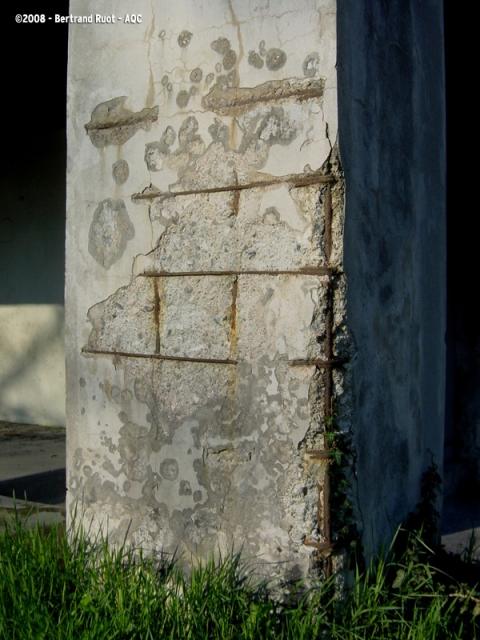 Corrosion des armatures d'un poteau béton