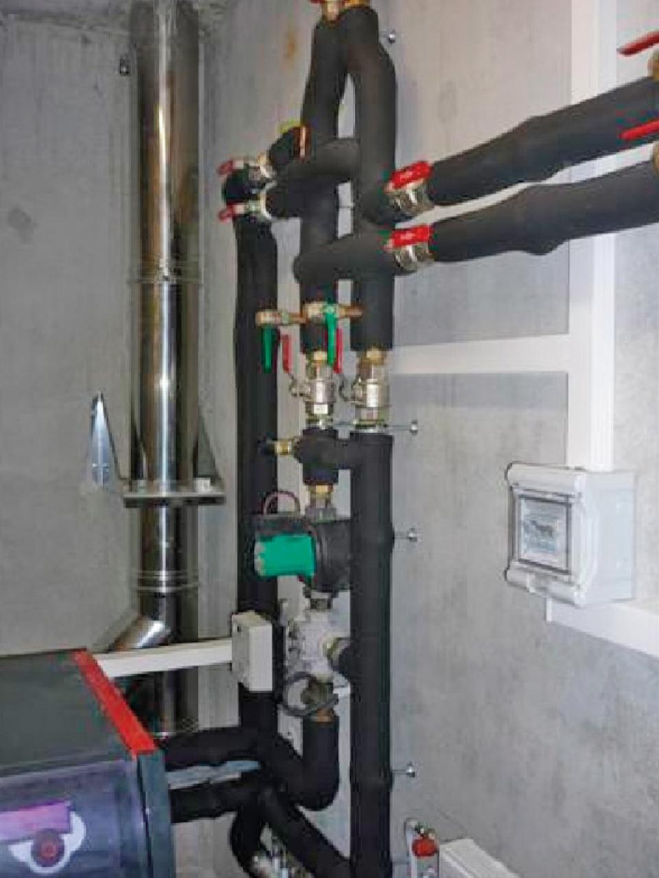 Réseau de distribution de chauffage avec isolation thermique