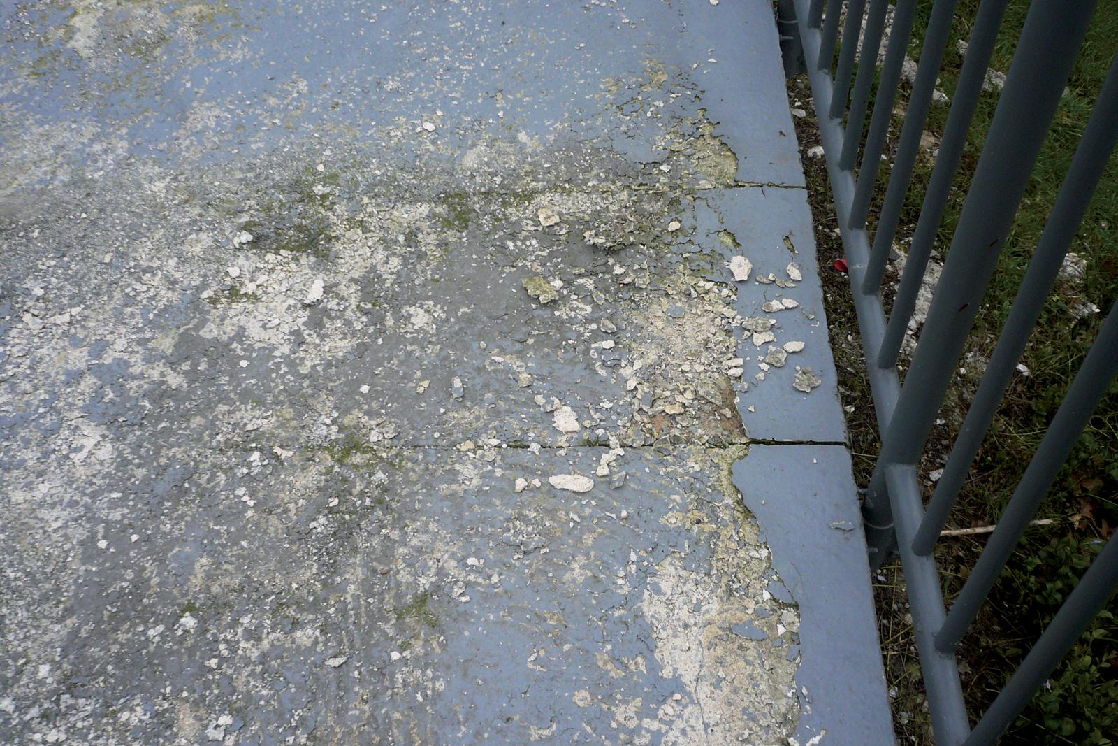 Désordres sur peintures de sol